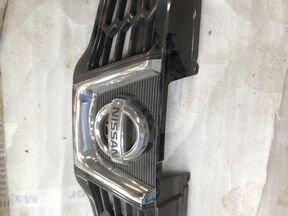 Решетка радиатора Nissan Qashqai J10 10-13 г