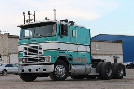 International 9800 cabover