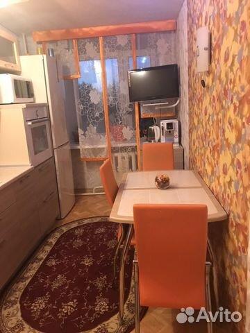 Продается четырехкомнатная квартира за 4 000 000 рублей. Югорск, Ханты-Мансийский автономный округ, Студенческая улица, 20.