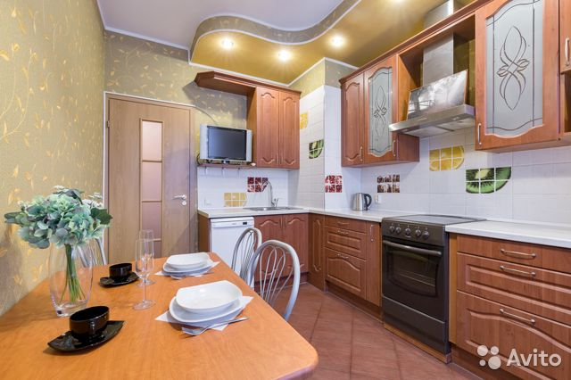 746bda99a662a Аренда квартир - снять квартиру посуточно без посредников в Санкт-Петербурге  на Avito