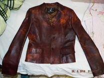 Кожаная весенне-осенняя куртка