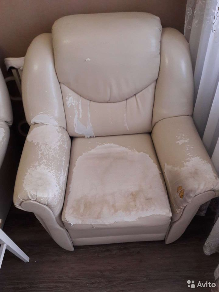 Диван и кресло  89056506491 купить 1