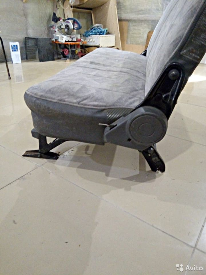 Пассажирское кресло на Nissan Vannet  89142071031 купить 3