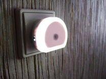 Зарядное устройство-ночник с датчиком освещённости